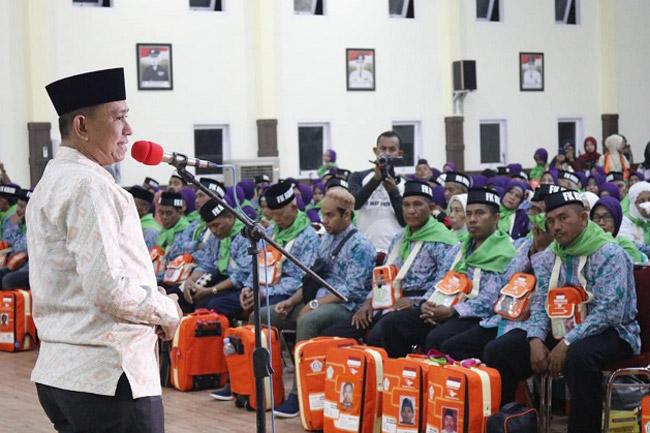 Bupati Lepas Keberangkatan Calon Jamaah Haji Kabupaten Wajo